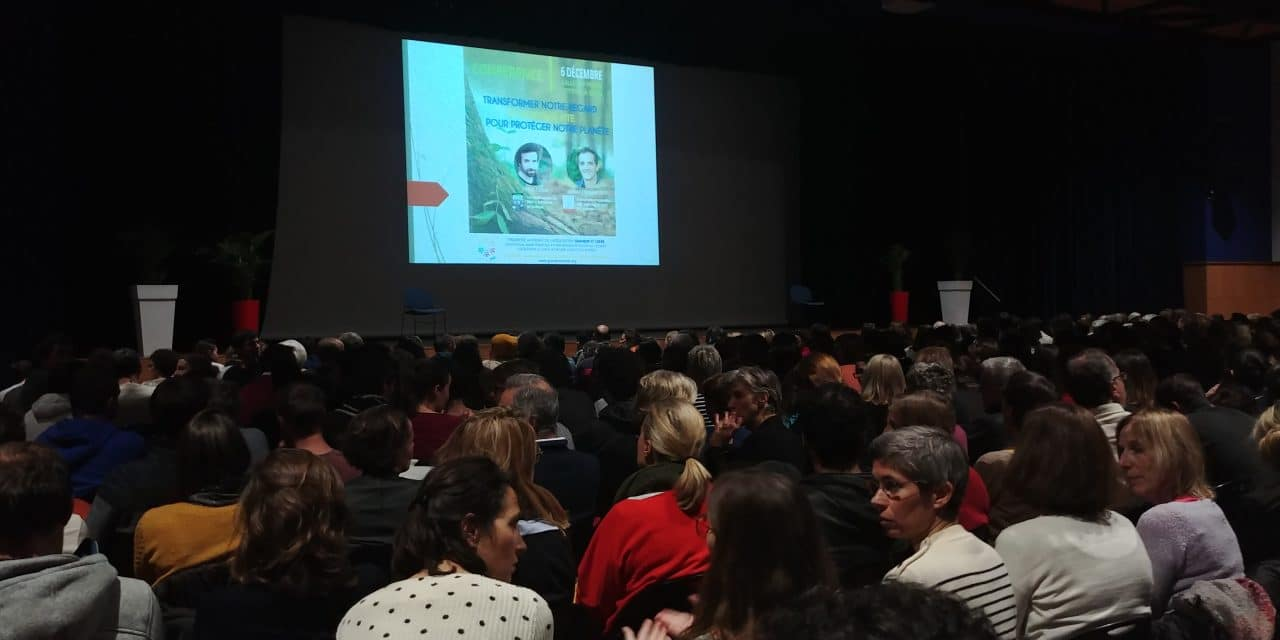 Conférence de Cyril Dion : des actions pour sauver l'humanité et notre planète et dessiner un avenir heureux pour chacun