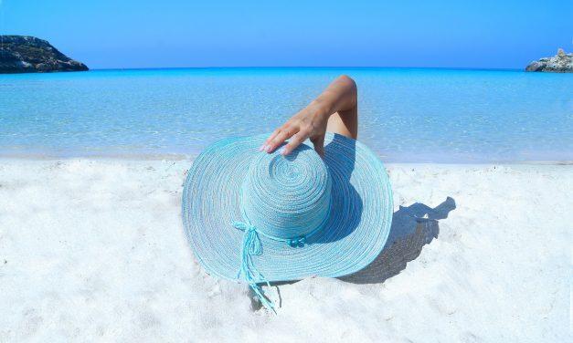 Bien protéger sa peau du soleil tout en étant écoresponsable : est-ce possible ?
